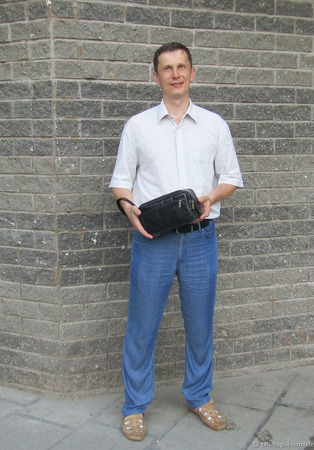 Мужской дорожный кожаный несессер черный ручной работы на заказ