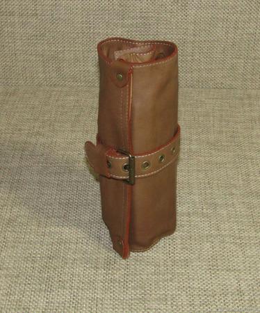 Скрутка кожаная для карандашей и кистей песочная ручной работы на заказ