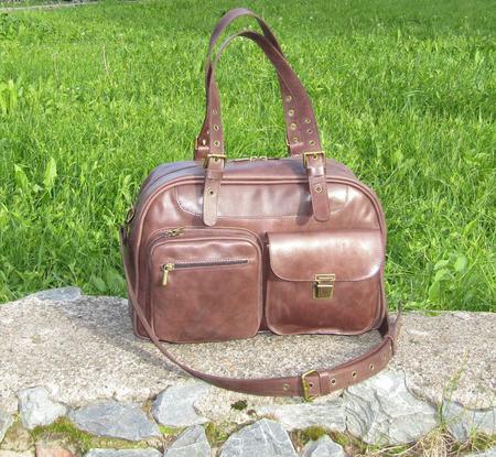 """Женская кожаная сумка """"На все случаи"""" цвета коньяк ручной работы на заказ"""