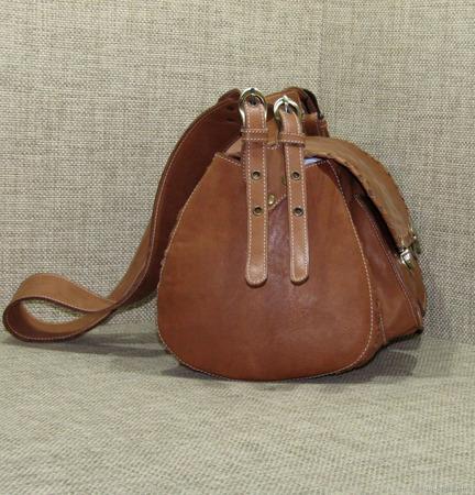 """Женская кожаная сумка на плечо """"Эсмеральда"""" орехового цвета ручной работы на заказ"""