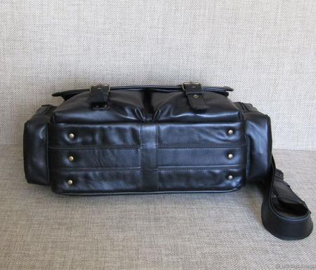 "Мужская кожаная сумка-мессенджер ""Сафари"" maxi черная ручной работы на заказ"