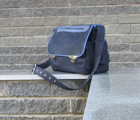 """Мужская кожаная сумка """"Океан"""" темно-синяя ручной работы на заказ"""