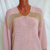 Вязаный свитер с вырезом и вставками в Ульяновске