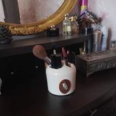 Подставка для декоративной косметики