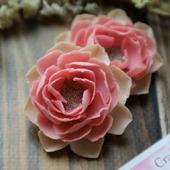 Серьги с розовыми цветами из полимерной глины