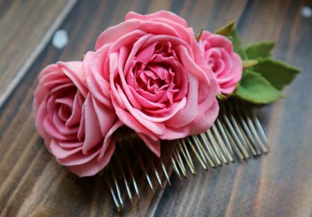 Гребень ручной работы с розовыми розами из фоамирана ручной работы на заказ
