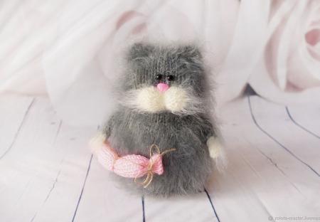 Котик с сосисками - интерьерная игрушка ручной работы на заказ