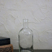 Бутылка стеклянная прозрачная маленькая