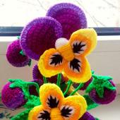 Цветы вязаные - анютины глазки