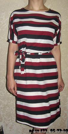 Платье в полоску с поясом ручной работы на заказ