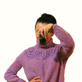 Шерстяное вязаное платье-свитер