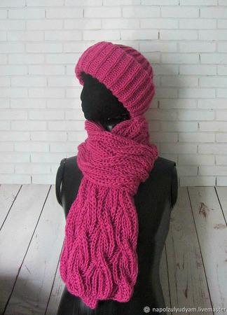 """Теплая шапка и шарф """"Брусника"""" ручной работы на заказ"""