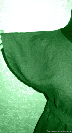 Темно-зеленое льняное платье-баллон ручной работы на заказ