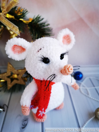 Вязаная мышка (символ Нового 2020 года) ручной работы на заказ