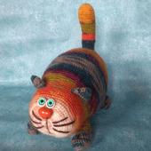 Кот Полосатик мягкая игрушка крючком