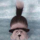 Кот Пушистый Полосатик вязаный из мохера
