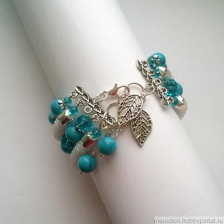 Многорядный браслет из бисера и бирюзы ручной работы на заказ