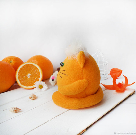 """Мягкий котик из флиса """"""""Апельсиныч"""" ручной работы на заказ"""