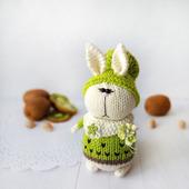 Вязаный кролик КивиК. Амигуруми