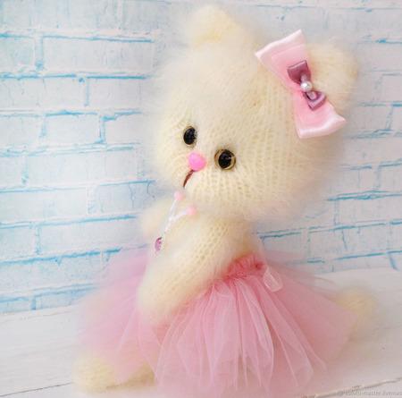 Кошечка Анюта. Интерьерная игрушка ручной работы на заказ
