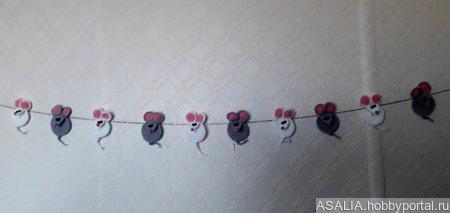 """Вязаная аппликация """"Маленькая мышь"""" ручной работы на заказ"""