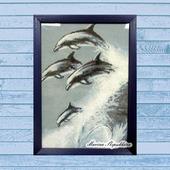"""Картина вышитая крестиком """"Дельфины"""""""