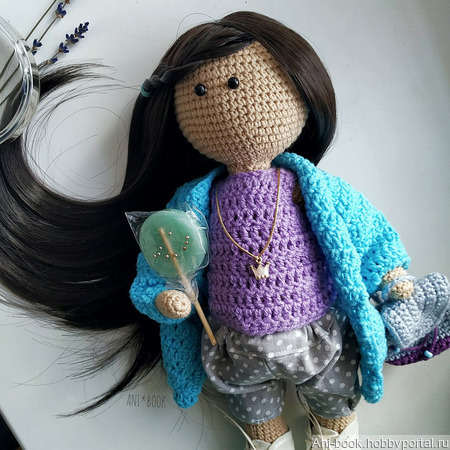 Интерьерная вязаная кукла ручной работы на заказ