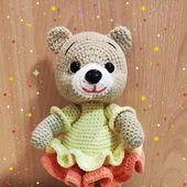 Мишка в платье для девочки
