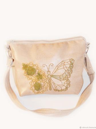 "Сумка с вышивкой ""Цветочно-хрустальная бабочка"" ручной работы на заказ"