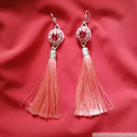 Серьги с розовым кварцем и шелковыми кисточками ручной работы на заказ