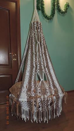 Плетеное кресло-гамак из полиамидной нити ручной работы на заказ