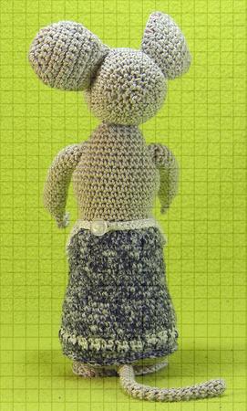 Мастер-класс по вязанию крючком мягкой игрушки «Полевая мышь» ручной работы на заказ