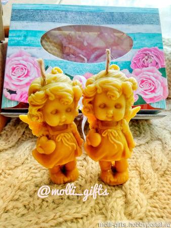 Ангел с крыльями - свеча из воска ручной работы на заказ