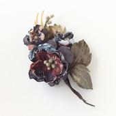Брошь с цветами темная коричневая ручной работы