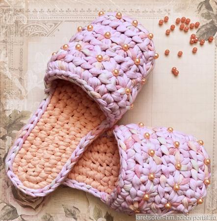 """Тапочки из трикотажной пряжи """"Цветик-семицветик» ручной работы на заказ"""