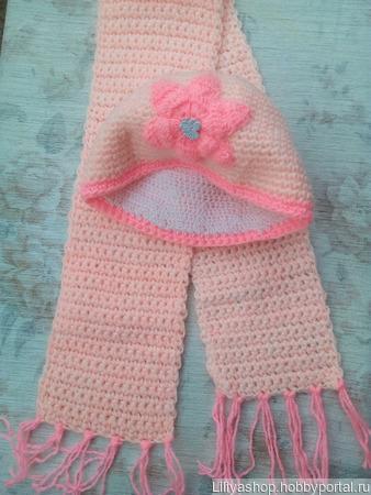 Комплект шапочка и шарф для девочки ручной работы на заказ