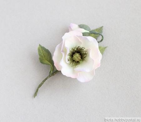 """Брошь цветок ручной работы из фоамирана """"Мак белый"""" ручной работы на заказ"""