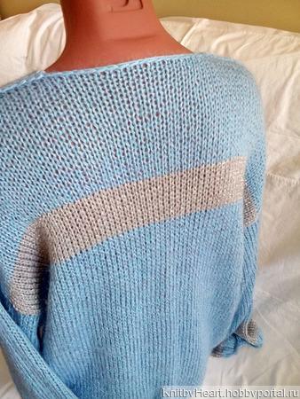 Мохеровый свитер с V-образным вырезом в Москве ручной работы на заказ