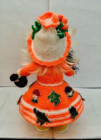 "Интерьерная вязаная кукла ""Осень"" ручной работы на заказ"