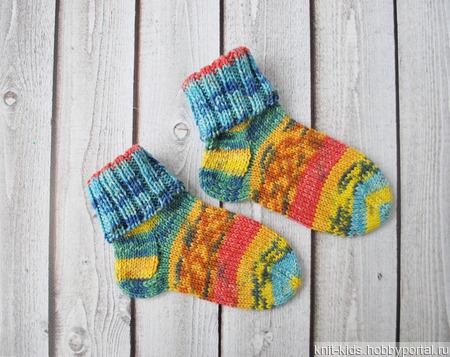 Детские плотные шерстяные носки ручной вязки из износостойкой пряжи ручной работы на заказ