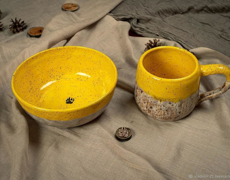 Тарелка в ярко-желтом цвете ручной работы на заказ