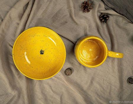 Набор (кружка и тарелка)  в ярко желтом цвете ручной работы на заказ