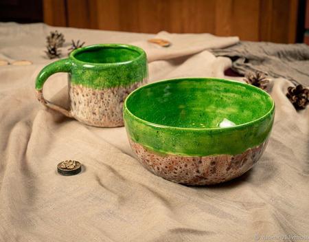 Кружка и тарелка в ярко зеленом цвете ручной работы на заказ