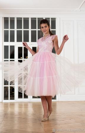 Платье с кружевом пышное ручной работы на заказ