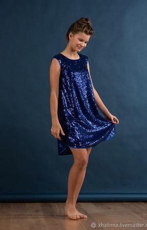 Платье с пайетками синего цвета ручной работы на заказ