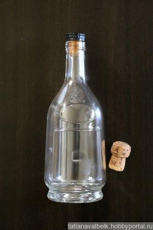 Бутылки стеклянные прозрачные в ассортименте с пробками ручной работы на заказ