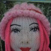 Кукла девушка с розовыми волосами