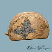 Косметичка с голубой  бабочкой