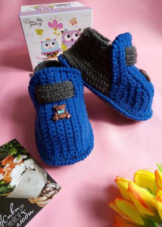 Пинетки - ботиночки. Вязаные ботиночки. Подарок малышу. ручной работы на заказ
