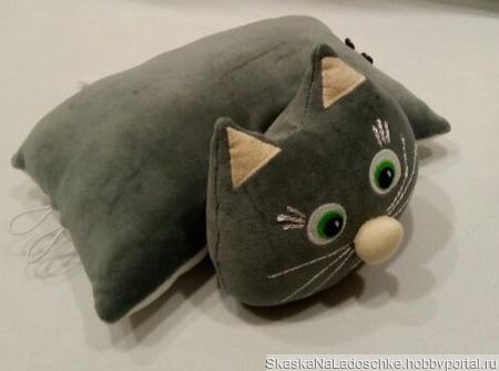 Котик-подушка ручной работы на заказ